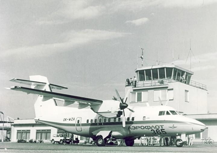 Čtvrtý létající kus, představený na Paris Air Show v roce 1991 s nápisem Aeroflot, který vyvolává neoprávněný dojem, že letoun L-610 u Aeroflotu někdy létal. Nápis Aeroflot nebyl před výstavou z časových a jiných důvodů odstraněn.
