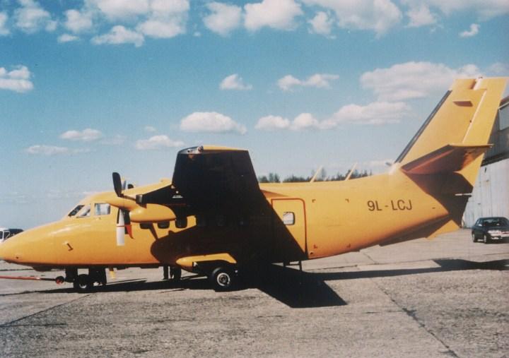 841308  9L-LCJ