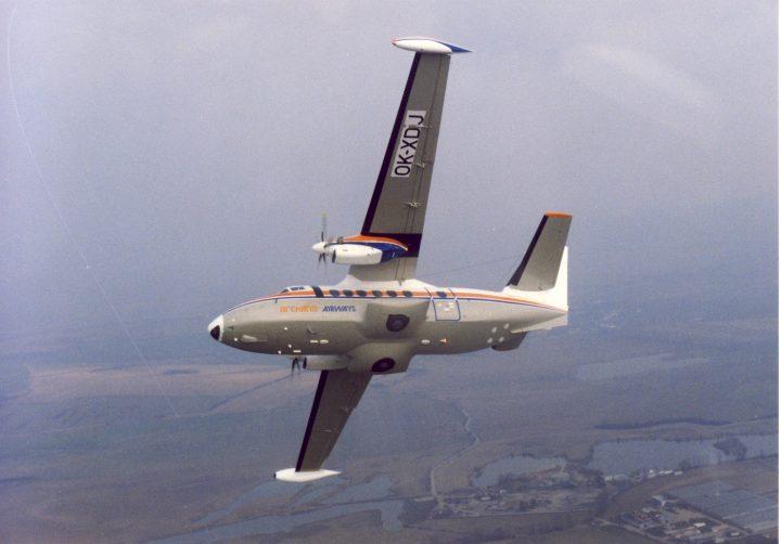 Letový snímek OK-XDJ pri výcviku indických pilotu